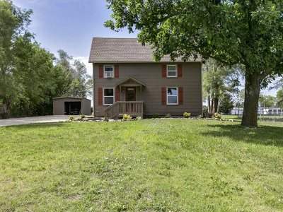 Harvey County Single Family Home For Sale: 131 SE 14th