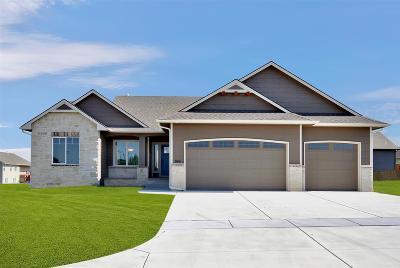 Mulvane Single Family Home For Sale: 949 N Cedar Brook Cir