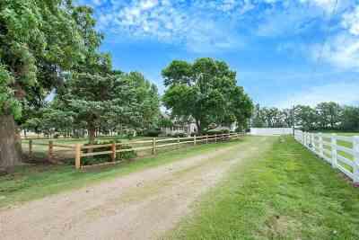 Sedgwick Single Family Home For Sale: 9910 S Hillside Rd