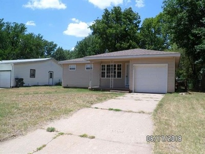 Haysville Single Family Home For Sale: 411 S Hungerford