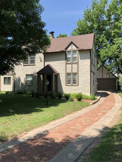 Arkansas City Single Family Home For Sale: 917 N 2nd St
