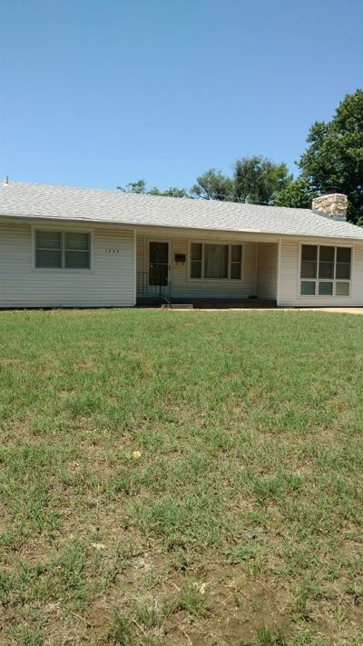 Arkansas City Single Family Home For Sale: 1229 N D