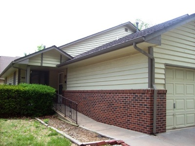 Halstead Single Family Home For Sale: 214 W 3rd