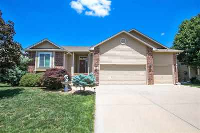 Derby Single Family Home For Sale: 1712 E Oxford Cir