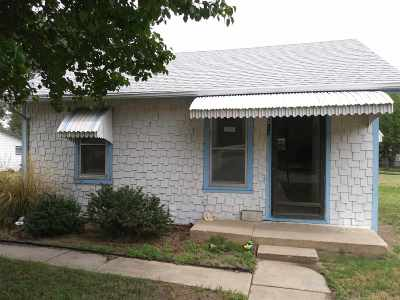 Hutchinson Single Family Home For Sale: 612 Howard St