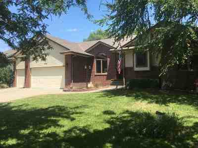 Wichita Single Family Home For Sale: 618 N Bay Country St