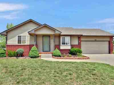 Goddard Single Family Home For Sale: 200 W Autumn Blaze St