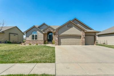 Wichita Single Family Home For Sale: 8610 E Scragg Cir