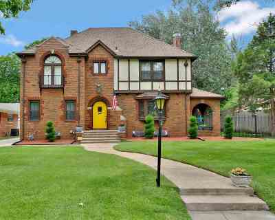 Wichita Single Family Home For Sale: 230 S Pershing St