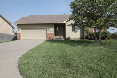 Wichita Single Family Home For Sale: 3690 N Forest Ridge Ct