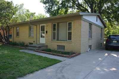 Wichita Single Family Home For Sale: 1833 Fabrique St