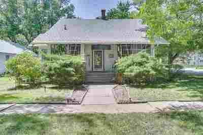 Augusta Single Family Home For Sale: 301 E Broadway Ave