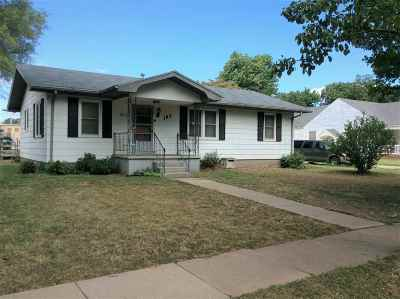 Haven Single Family Home For Sale: 103 N Sedgwick St