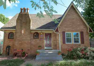 Wichita Single Family Home For Sale: 4330 E Waterman St