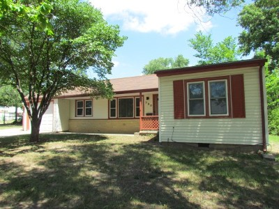 Single Family Home For Sale: 500 E 14th