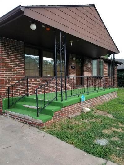 Wichita Single Family Home For Sale: 714 S Fabrique St