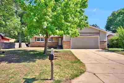 Wichita Single Family Home For Sale: 5722 Ayesbury Cir