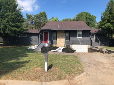 Arkansas City Single Family Home For Sale: 1725 N 6th