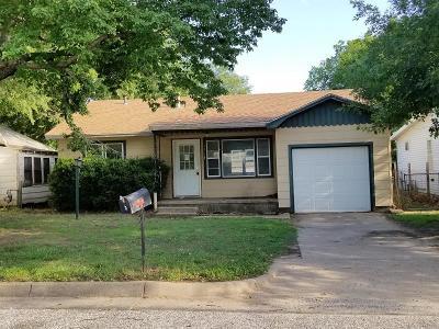 Arkansas City KS Single Family Home For Sale: $45,000
