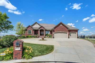 Wichita Single Family Home For Sale: 2640 N Paradise Ct