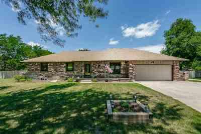 Wichita KS Single Family Home For Sale: $234,900