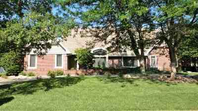 Wichita Single Family Home For Sale: 4 N Sandalwood
