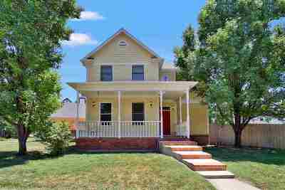 Wichita Single Family Home For Sale: 4018 N Rushwood Circle