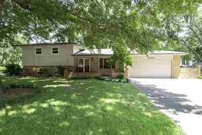 Derby Single Family Home For Sale: 1107 E Oakwood Ct