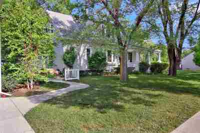 Harvey County Single Family Home For Sale: 201 SW 6th St