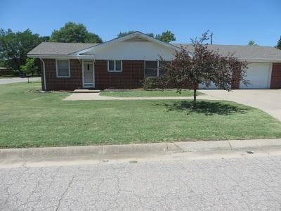 Garden Plain Single Family Home For Sale: 204 W Mary St