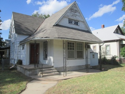 Newton Single Family Home For Sale: 400 E 9th St.