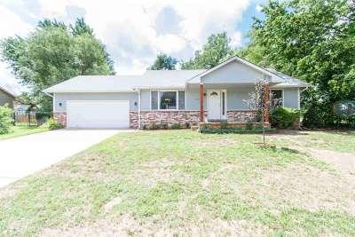 Haysville Single Family Home For Sale: 1201 E Dirck Ct