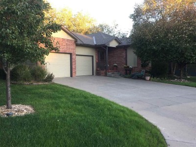 Kechi Single Family Home For Sale: 532 N Creek Trail St