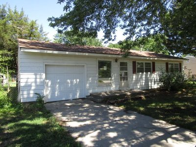 Hutchinson Single Family Home For Sale: 704 Hoagland St