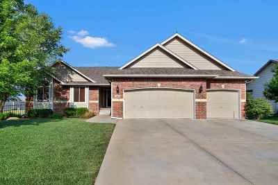Wichita Single Family Home For Sale: 2501 N Spring Hollow St