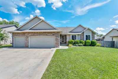 Derby Single Family Home For Sale: 1025 E Rushwood Dr