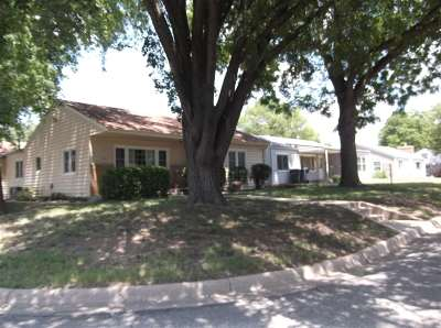 Harvey County Single Family Home For Sale: 328 SW 6th St