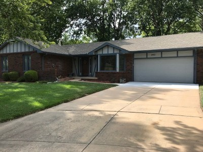 Sedgwick County Single Family Home For Sale: 1442 N Valleyview Ct