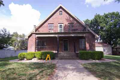 Andale Single Family Home For Sale: 424 N Main St