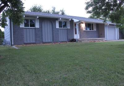 Wichita Single Family Home For Sale: 7901 W Nantucket St