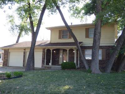 Wichita KS Single Family Home For Sale: $159,999