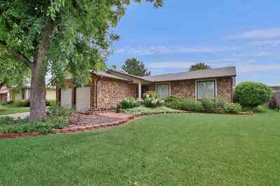 Wichita Single Family Home For Sale: 118 N Tarabury Ln