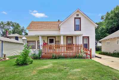 Augusta Single Family Home For Sale: 141 Columbia St