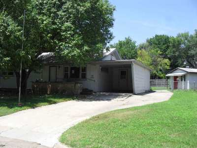Arkansas City KS Single Family Home For Sale: $36,200