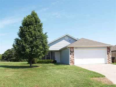 Wichita KS Single Family Home For Sale: $97,000
