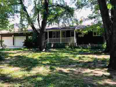 Moundridge Single Family Home For Sale: 618 E Cole