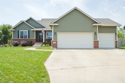 Maize Single Family Home For Sale: 4123 N Rutgers Cir
