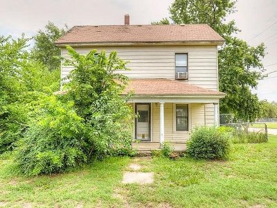 Wellington Single Family Home For Sale: 1023 S F St