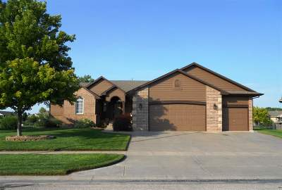 Wichita Single Family Home For Sale: 8122 W 34th St N