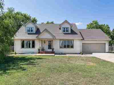 Andover Single Family Home For Sale: 120 S Lexington Ct.
